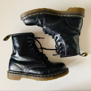 Doc Martin Black Leather Boots Size 7